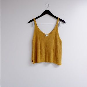 YELLOW SWEATER TANK 🍋 Perfect for summer!